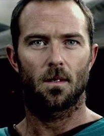 Sullivan Stapleton in 300: Rise of an Empire