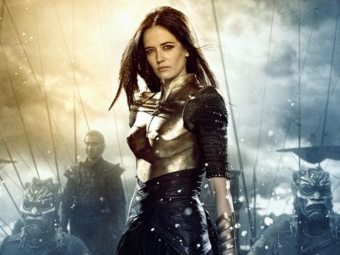 300: Rise of an Empire Artemisia with brass boobs plate