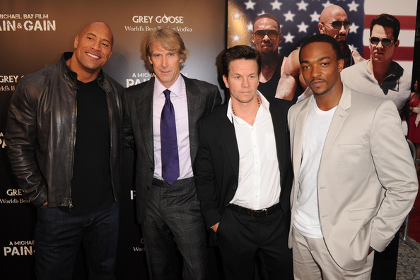 Pain & Gain red carpet with Anthony Mackie Michael Bay Mark Wahlberg and Dwayne Johnson