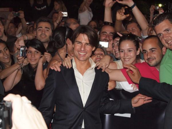 Tom Cruise with fans at Ghost Protocol red carpet