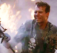 Aliens starring Bill Paxton as Private Hudson in Game Over moment after landing craft crashes